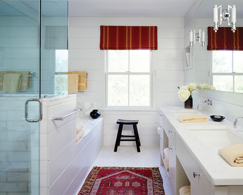 Bathroom layout houzz for Small bathroom design 2m x 2m