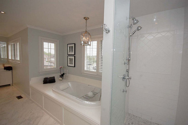Traditional Bathroom by Pear Interiors