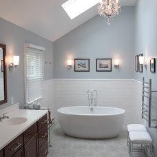 Modern Bathroom by Pine Street Carpenters & The Kitchen Studio