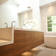 Contemporary Bathroom by branka studio