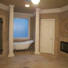Traditional Bathroom by Atlanta Legacy Homes, Inc.
