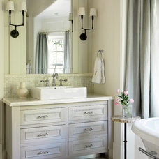 Traditional Bathroom by Liz Williams Interiors