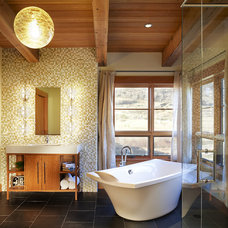 Rustic Bathroom by Robert Hawkins