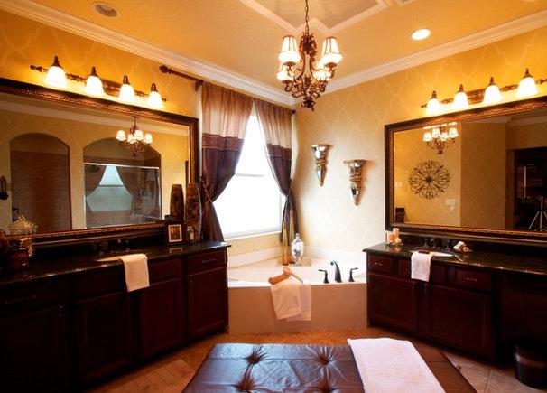 Traditional Bathroom by Hobus Homes