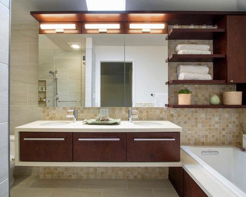 Stanza da bagno moderna con top in quarzite foto idee arredamento