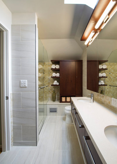 New Modern Bathroom by Princeton Design Collaborative