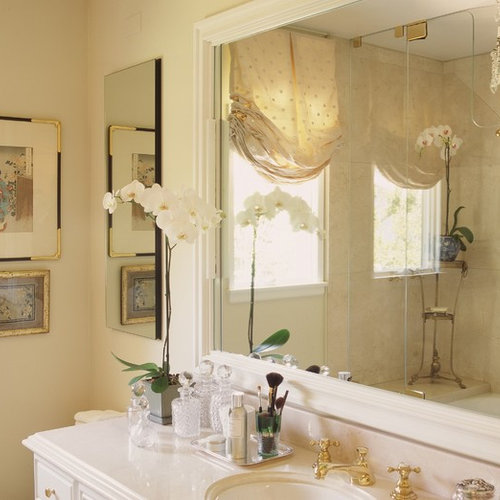 Inspiration For A Timeless Beige Tile Bathroom Remodel In Los Angeles With An Undermount Sink And