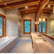 Modern Bathroom by ZAK Architecture