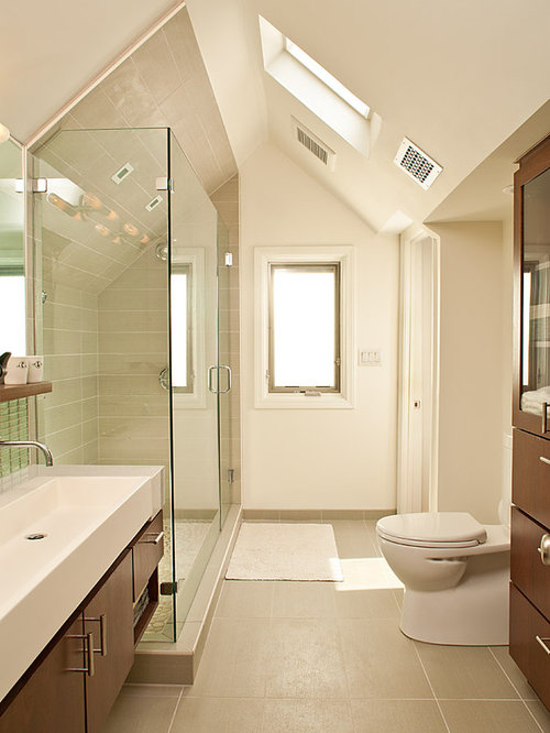 Long narrow bathroom home design ideas renovations photos for Long bathroom designs