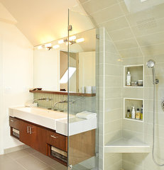 modern bathroom by Renewal Design-Build