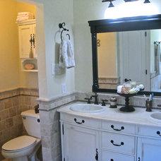 Traditional Bathroom by All 4 Show, LLC