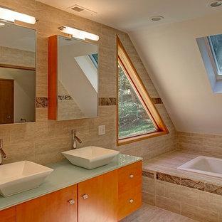 Master Bathroom & Soaking Tub