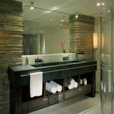 Contemporary Bathroom by Garret Cord Werner Architects & Interior Designers