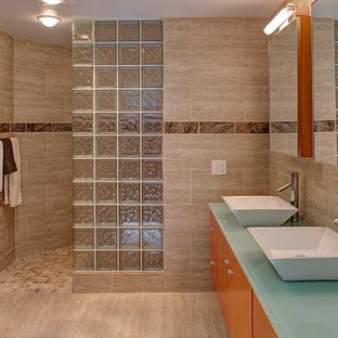Master Bathroom & Walk-in Shower