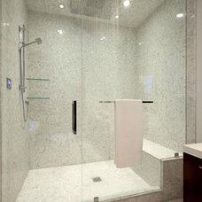 Modern Bathroom by Begrand Fast Design Inc.