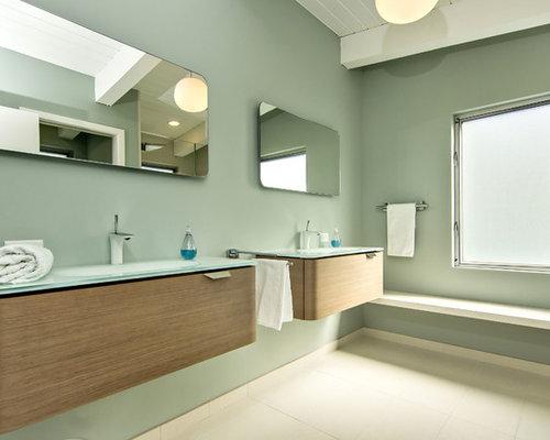 Perfect Midcentury Modern Bathroom Idea In San Francisco With Flat Panel Cabinets,  Medium Tone Wood