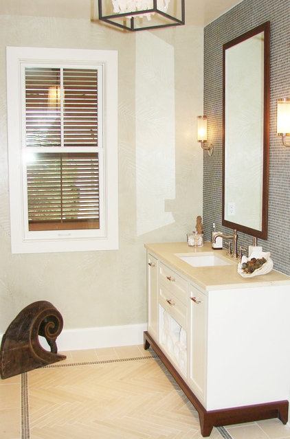 Beach Style Bathroom by Brian Watford ID