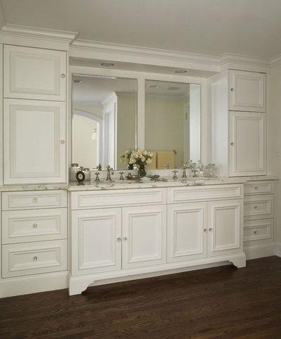 Traditional Bathroom by CBI Design Professionals, Inc.