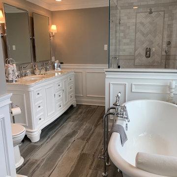 Master Bathroom - Cromwell