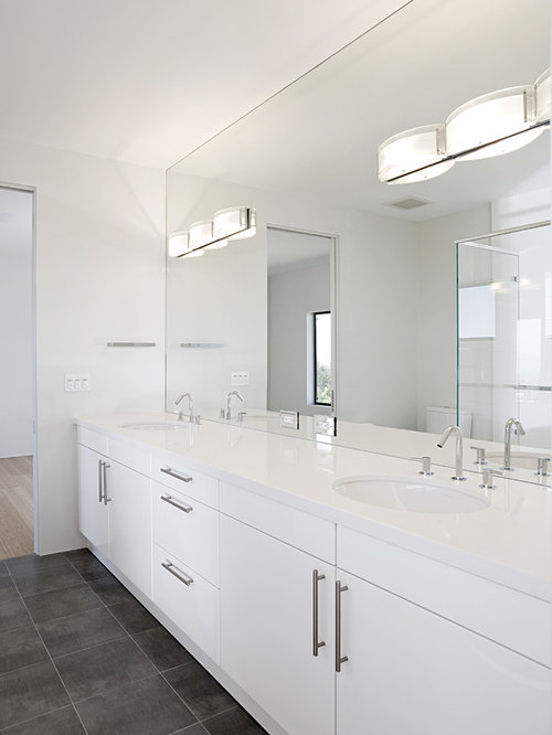 Bathroom Mirrors And Lights Design Ideas & Remodel Pictures | Houzz