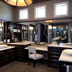 traditional bathroom by Robeson Design
