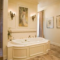 Bathroom by EMB Interiors,llc