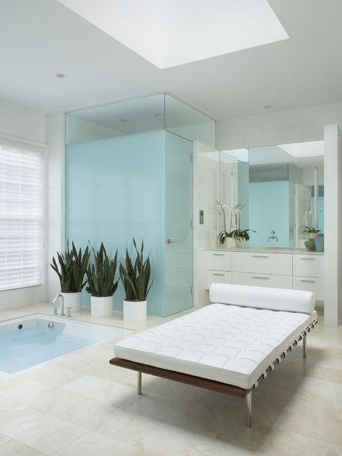 30 Trendy Contemporary Bathroom with a Hot Tub Design Ideas ...