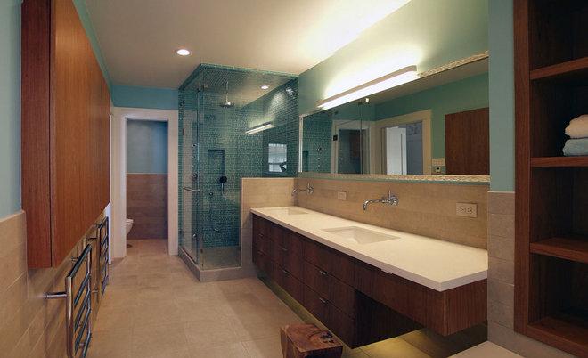 Contemporary Bathroom by Glenn Robert Lym Architect