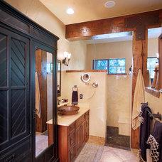 Southwestern Bathroom by Gritton & Associates Architects