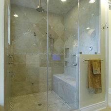 Bathroom by Gritton & Associates Architects