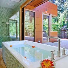 Modern Bathroom by William Duff Architects, Inc.