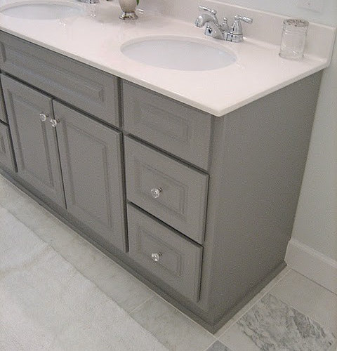 Gray martha stewart vanity bath design ideas pictures for Martha stewart bathroom designs