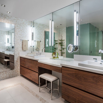 Master Bathroom Jade