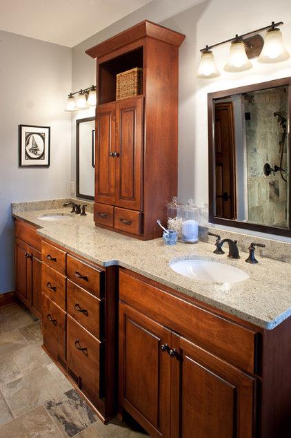 Traditional Bathroom by Johnson Design Inc.