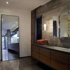Contemporary Bathroom by Laidlaw Schultz architects