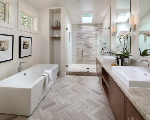 Best modern bathroom design ideas remodel pictures houzz for Photos of contemporary bathrooms