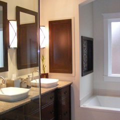 contemporary bathroom by Jennifer Reynolds - Jennifer Reynolds Interiors
