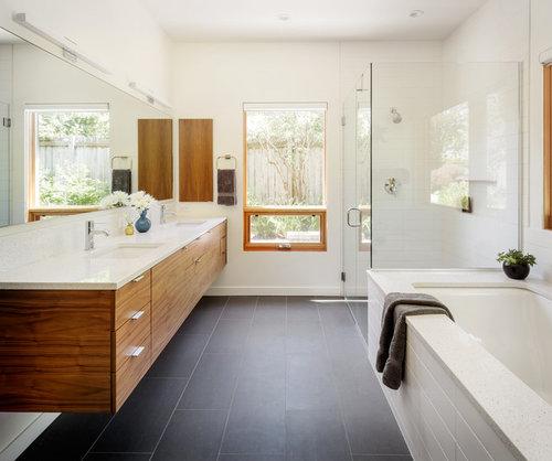 Beautiful Master Bath! What Is The Vanity Top? Quartz, Granite?