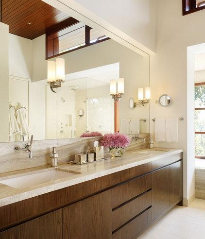 Modern Bathroom by Rockefeller Partners Architects
