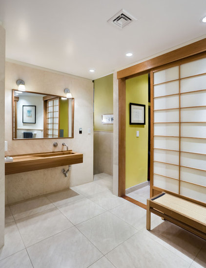 asian bathroom by Vanni Archive/Architectural Photography