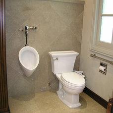 Traditional Bathroom by Howe Custom Home Builders