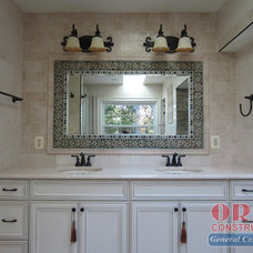 Mediterranean Bathroom by ORBE CONSTRUCTION