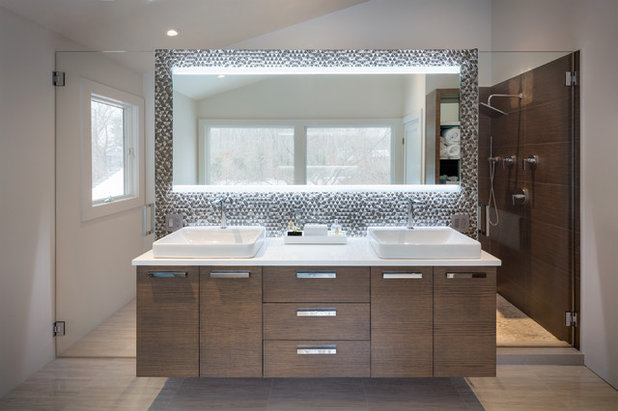 Modern Bathroom by Simonian Rosenbaum Architects