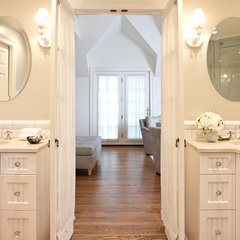 traditional bathroom by BELLA INTERIORS - Jill Kalman