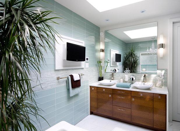 Contemporary Bathroom by Brandon Barré Architectural Interior Photographer