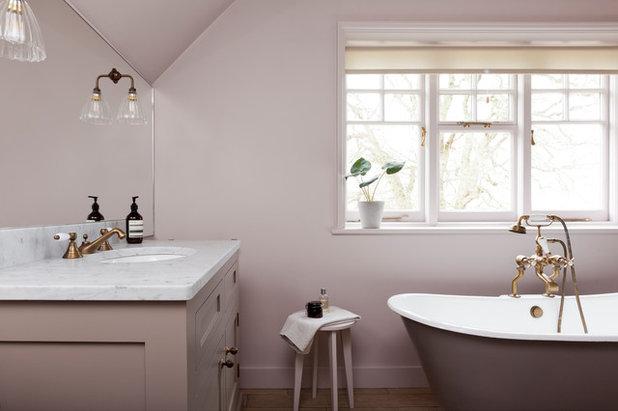 Traditional Bathroom by FIONA DUKE INTERIORS