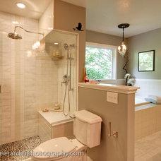 Modern Bathroom by Michelle Drenckhahn