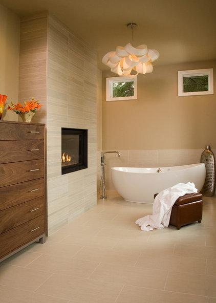 Contemporary Bathroom by Hill Custom Homes
