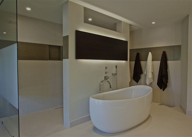 Modern Bathroom by Anna Teeples Designs