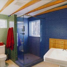 Modern Bathroom by AVA Design Build, Inc.